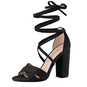 Bamboo black velour strappy heals